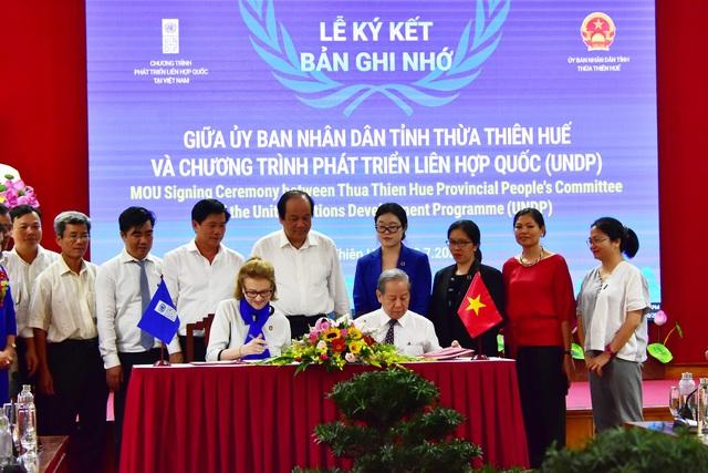 Bộ trưởng, Chủ nhiệm VPCP làm việc với Thừa Thiên Huế - Ảnh 2.