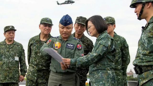 """Tăng tốc cải tổ sức mạnh phòng thủ trước Bắc Kinh, Đài Loan """"lực bất tòng tâm""""? - Ảnh 1."""
