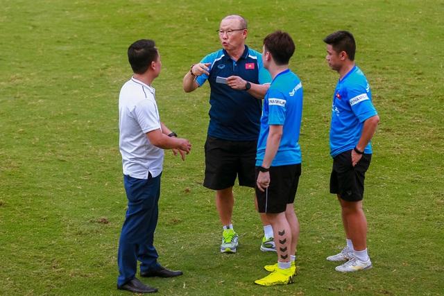U22 Việt Nam thi đấu nội bộ: Thể lực yếu là vấn đề lớn - Ảnh 2.