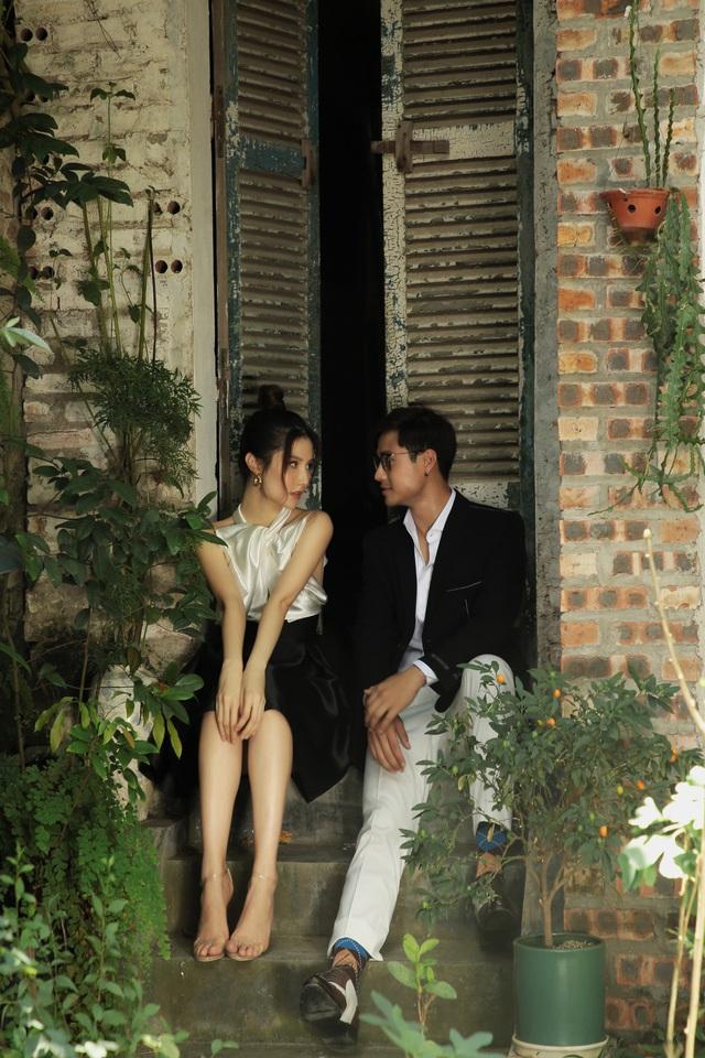 Thanh Sơn, Diễm My 9X và Thùy Anh rủ nhau chụp ảnh kể chuyện tình tay ba - Ảnh 4.