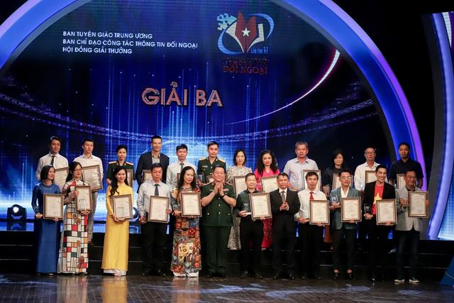 Lễ trao Giải thưởng toàn quốc về thông tin đối ngoại lần thứ VI: Vinh danh 175 tác phẩm báo chí xuất sắc nhất - Ảnh 10.