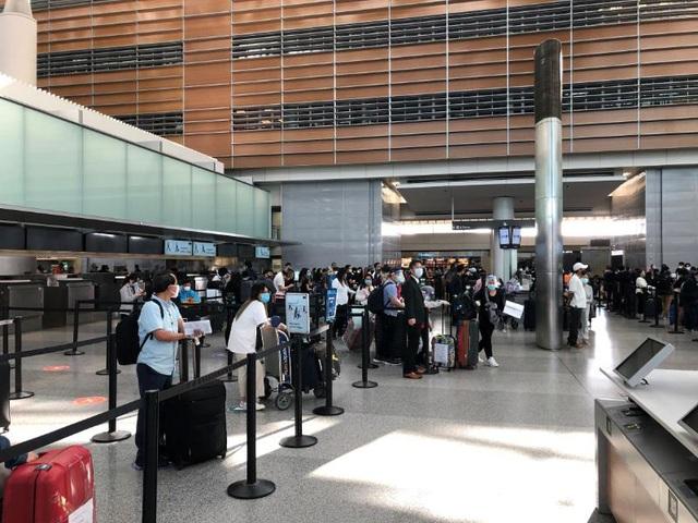 Đưa gần 300 công dân Việt từ sân bay quốc tế San Francisco, Hoa Kỳ và Narita, Nhật Bản về nước - Ảnh 1.