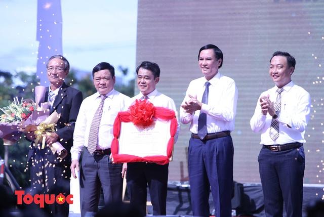 Vinh danh làng nghề nước mắm Nam Ô, công bố Đề án phát triển du lịch cộng đồng Nam Ô - Ảnh 2.
