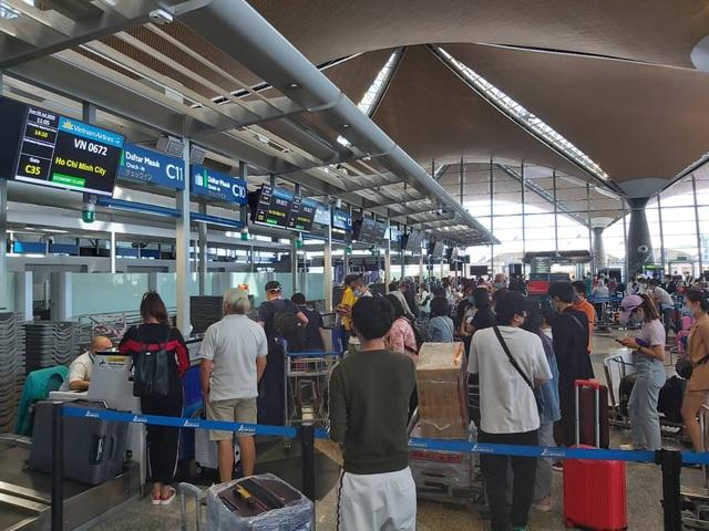 Đưa hơn 300 công dân Việt Nam từ Malaysia về nước an toàn - Ảnh 5.