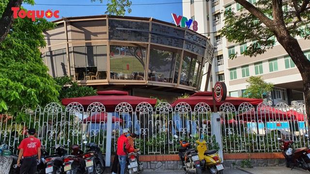 Quán cà phê xây không phép giữa trung tâm Đà Nẵng bị xử phạt 40 triệu đồng - Ảnh 1.