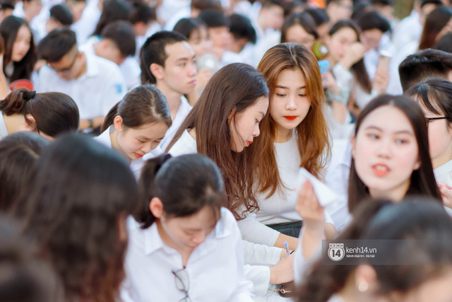 TP.HCM: Không tăng học phí, đảm bảo học sinh có đủ chỗ học trong năm học 2020-2021 - Ảnh 1.