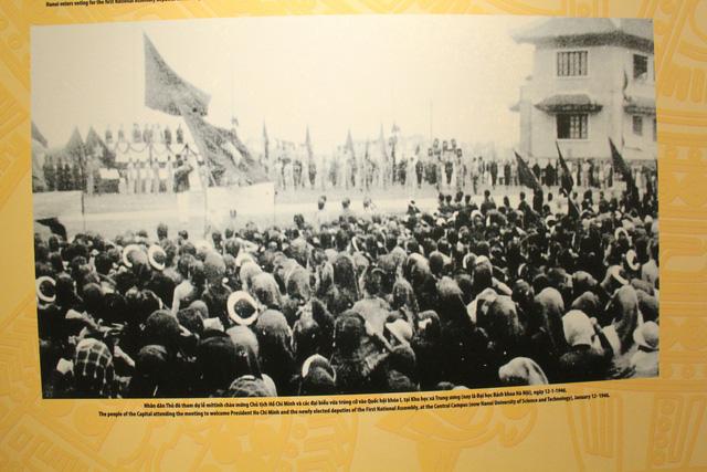 Khai mạc Trưng bày chuyên đề Chủ tịch Hồ Chí Minh- người sáng lập Nhà nước Việt Nam Dân Chủ Cộng Hòa - Ảnh 6.