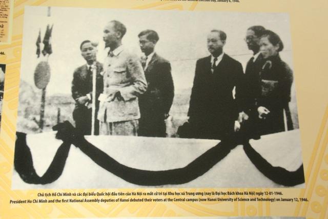 Khai mạc Trưng bày chuyên đề Chủ tịch Hồ Chí Minh- người sáng lập Nhà nước Việt Nam Dân Chủ Cộng Hòa - Ảnh 7.