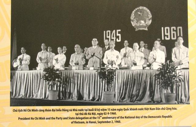 Khai mạc Trưng bày chuyên đề Chủ tịch Hồ Chí Minh- người sáng lập Nhà nước Việt Nam Dân Chủ Cộng Hòa - Ảnh 10.