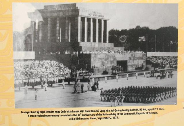 Khai mạc Trưng bày chuyên đề Chủ tịch Hồ Chí Minh- người sáng lập Nhà nước Việt Nam Dân Chủ Cộng Hòa - Ảnh 11.