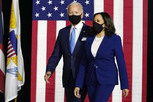 Bầu cử Mỹ: Đối tác tranh cử ghi dấu kỷ lục mới cho chiến dịch của ứng viên Biden - Ảnh 1.