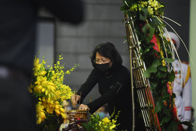 [Trực tiếp] Tổ chức trọng thể lễ viếng nguyên Tổng Bí thư Lê Khả Phiêu  - Ảnh 9.