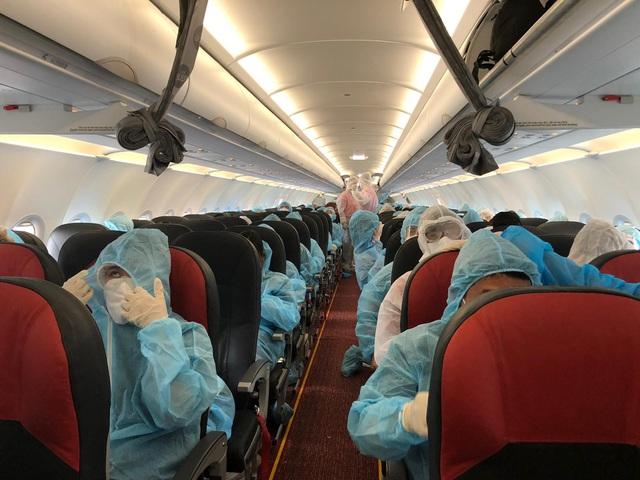 Liên tiếp các chuyên bay đưa công dân Việt Nam từ các nước châu Âu, châu Phi, châu Á về nước - Ảnh 1.
