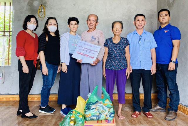 Công đoàn Bộ VHTTDL tặng quà cho các gia đình khó khăn tại Thái Bình - Ảnh 1.