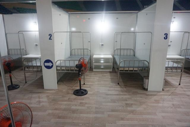 Chính thức bàn giao Bệnh viện dã chiến tại Cung thể thao Tiên Sơn  - Ảnh 2.