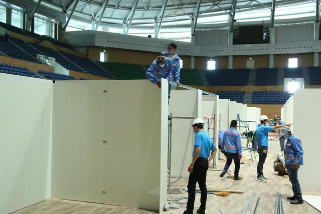 Chính thức bàn giao Bệnh viện dã chiến tại Cung thể thao Tiên Sơn  - Ảnh 3.