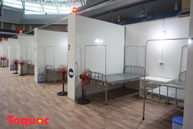 Cận cảnh bên trong bệnh viện dã chiến lớn nhất Đà Nẵng - Ảnh 14.