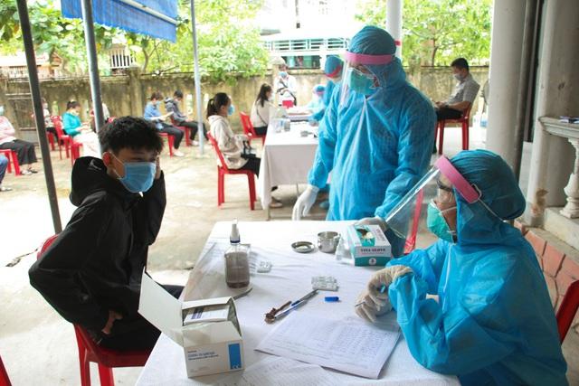 Người dân từ vùng dịch đến Quảng Trị công tác phải có giấy xác nhận âm tính SARS-CoV-2 trong 72 giờ - Ảnh 1.