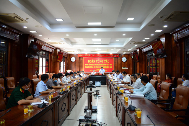 Trưởng Ban Tổ chức Trung ương Phạm Minh Chính: Không vì cơ cấu mà hạ thấp tiêu chuẩn nhân sự - Ảnh 1.
