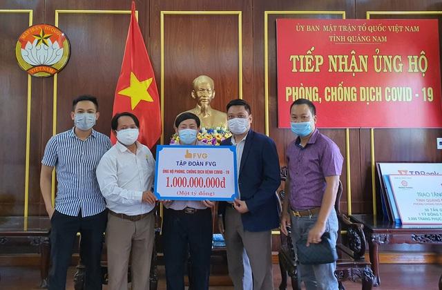 Trao tặng bệnh viện tuyến đầu ở Quảng Nam 1 tỷ đồng phục vụ công tác điều trị bệnh nhân Covid-19 - Ảnh 1.