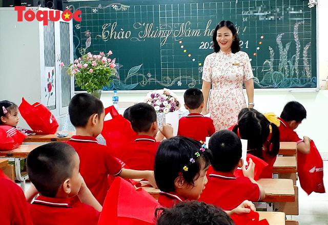 Giáo viên không được phê bình học sinh trước cả lớp, trước toàn trường - Ảnh 1.