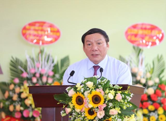 """Thứ trưởng Nguyễn Văn Hùng: """"Giữ gìn bản sắc văn hóa của đồng bào dân tộc là nhiệm vụ chính trị có ý nghĩa quan trọng"""" - Ảnh 3."""