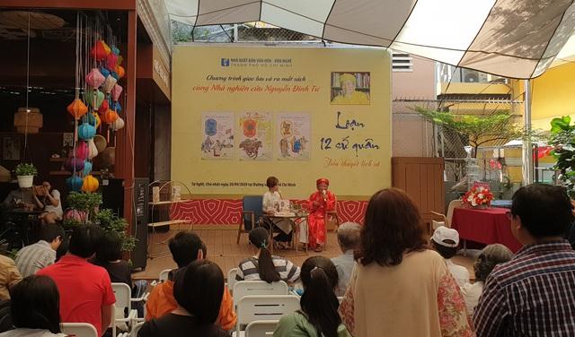 Nhà nghiên cứu 99 tuổi Nguyễn Đình Tư chia sẻ bí quyết tự học và tình yêu sử Việt  - Ảnh 1.