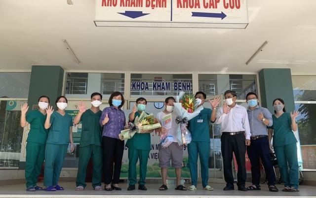 Bệnh nhân Covid-19 cuối cùng ở Đà Nẵng khỏi bệnh và xuất viện - Ảnh 1.