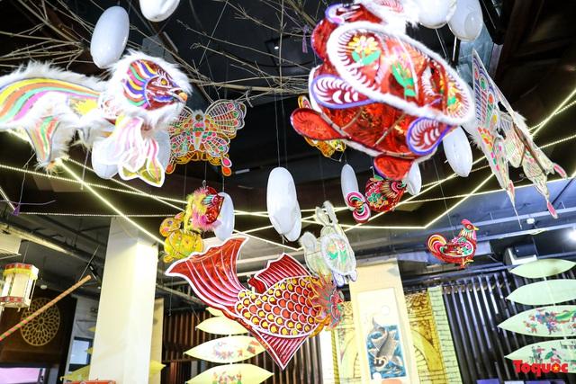 Nhiều điểm du lịch, vui chơi ở Hà Nội trang hoàng rực rỡ đón Tết Trung thu - Ảnh 5.