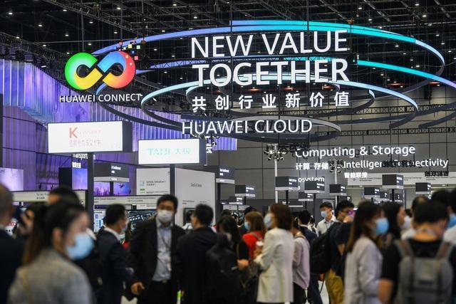 Huawei gia tăng sức mạnh viễn thông soán ngôi vương thế giới - Ảnh 1.