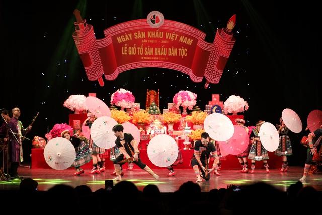 Nhiều thế hệ nghệ sĩ tham dự lễ Giỗ tổ nghề sân khấu dân tộc - Ảnh 3.