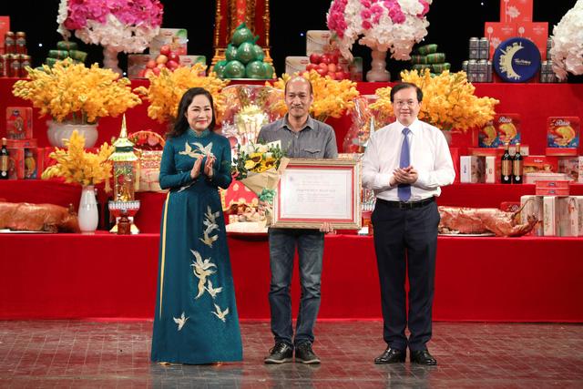 Nhiều thế hệ nghệ sĩ tham dự lễ Giỗ tổ nghề sân khấu dân tộc - Ảnh 2.