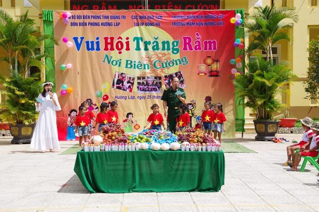 Mang Tết Trung thu đến với trẻ em vùng cao Quảng Trị - Ảnh 1.