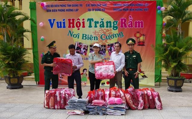 Mang Tết Trung thu đến với trẻ em vùng cao Quảng Trị - Ảnh 2.