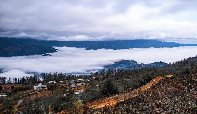 Cảnh đẹp ngỡ ngàng trên vùng cao Y Tý - Ảnh 4.
