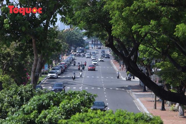 Hình ảnh Đà Nẵng ngày đầu nới lỏng cách ly xã hội - Ảnh 3.
