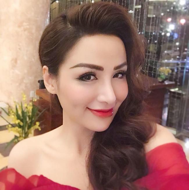 Hoa hậu Diễm Hương công khai tin nhắn được mời đi ăn với giá gần 1 tỷ - Ảnh 2.
