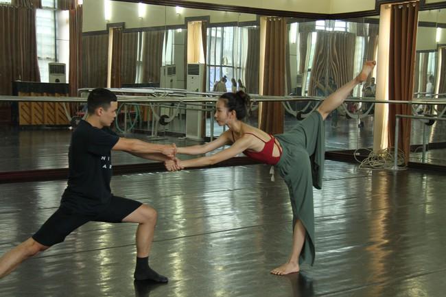 Nhà hát Nhạc Vũ Kịch Việt Nam giới thiệu hai vở Ballet nổi tiếng - Ảnh 1.