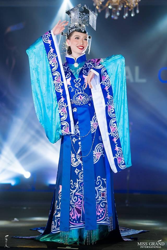 Ngắm những trang phục dân tộc ấn tượng của các hoa hậu thế giới tại Miss Grand International 2018 - Ảnh 9.