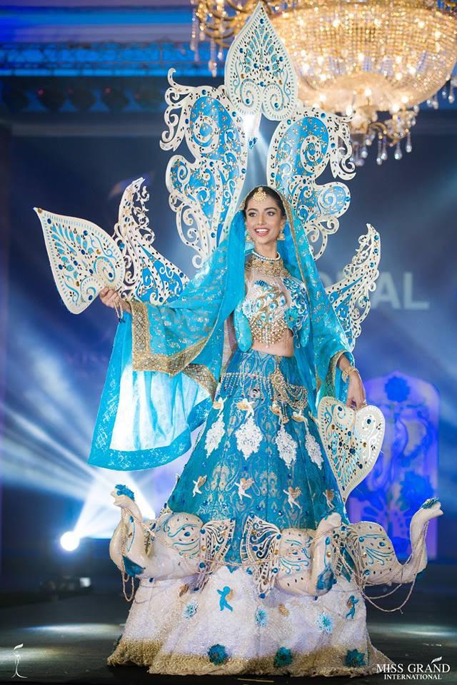 Ngắm những trang phục dân tộc ấn tượng của các hoa hậu thế giới tại Miss Grand International 2018 - Ảnh 8.