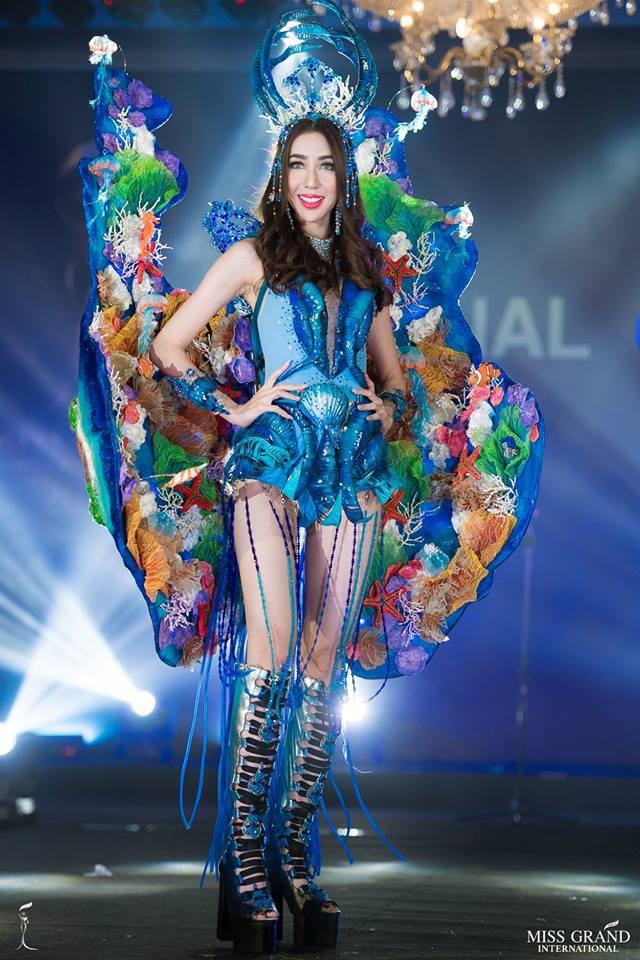 Ngắm những trang phục dân tộc ấn tượng của các hoa hậu thế giới tại Miss Grand International 2018 - Ảnh 7.