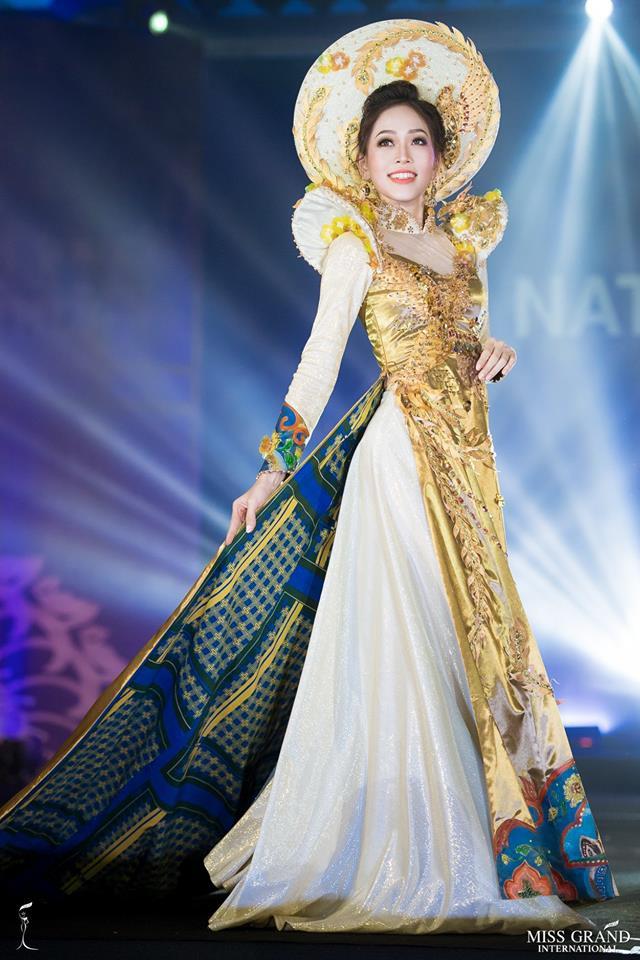 Ngắm những trang phục dân tộc ấn tượng của các hoa hậu thế giới tại Miss Grand International 2018 - Ảnh 1.