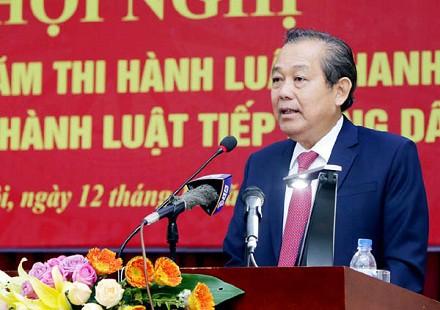 Phó Thủ tướng Trương Hòa Bình yêu cầu chấn chỉnh việc chấp hành pháp luật tố tụng hành chính - Ảnh 1.