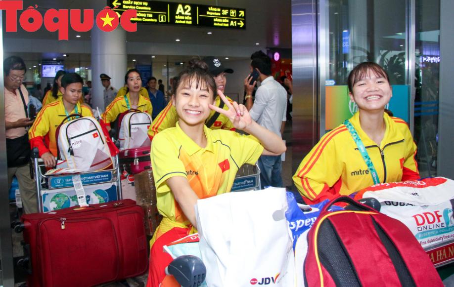 Đoàn thể thao Olympic trẻ Việt Nam về nước sau kỳ Đại hội thành công vượt ngoài kỳ vọng - Ảnh 5.