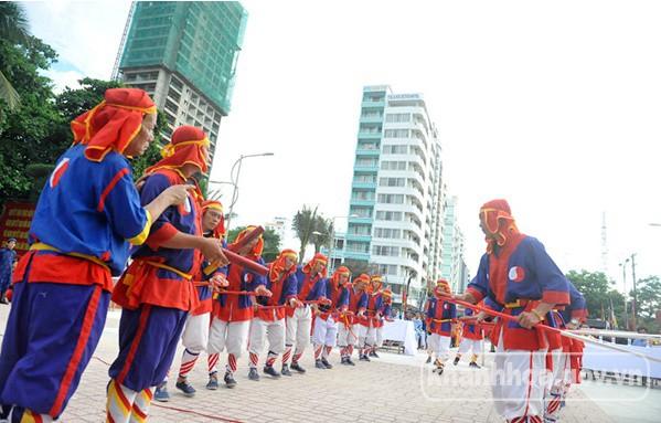 Tiến trình lịch sử - văn hóa biển đảo Khánh Hòa giữa lòng Thủ đô - Ảnh 1.