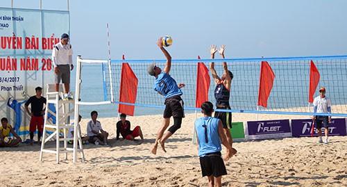 Quyết liệt ở Giải đấu Bóng chuyền tại Đại hội Thể thao toàn quốc lần thứ VIII - Ảnh 1.