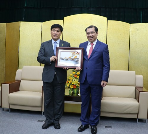 Một thành phố của Trung Quốc muốn mở đường bay trực tiếp tới Đà Nẵng - Ảnh 1.