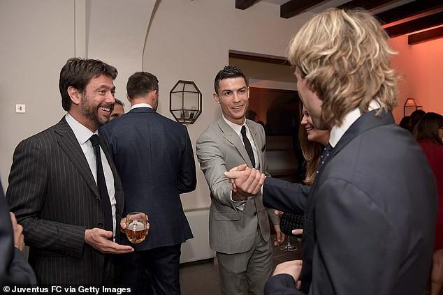Cristiano Ronaldo bất ngờ buông lời thách thức Messi tới Serie A - Ảnh 2.
