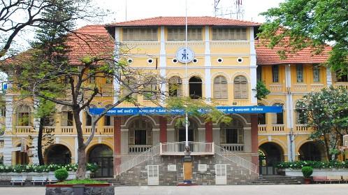 Trường THPT chuyên Trần Đại Nghĩa và Gia Định tuyển bổ sung học sinh lớp 10 - Ảnh 1.