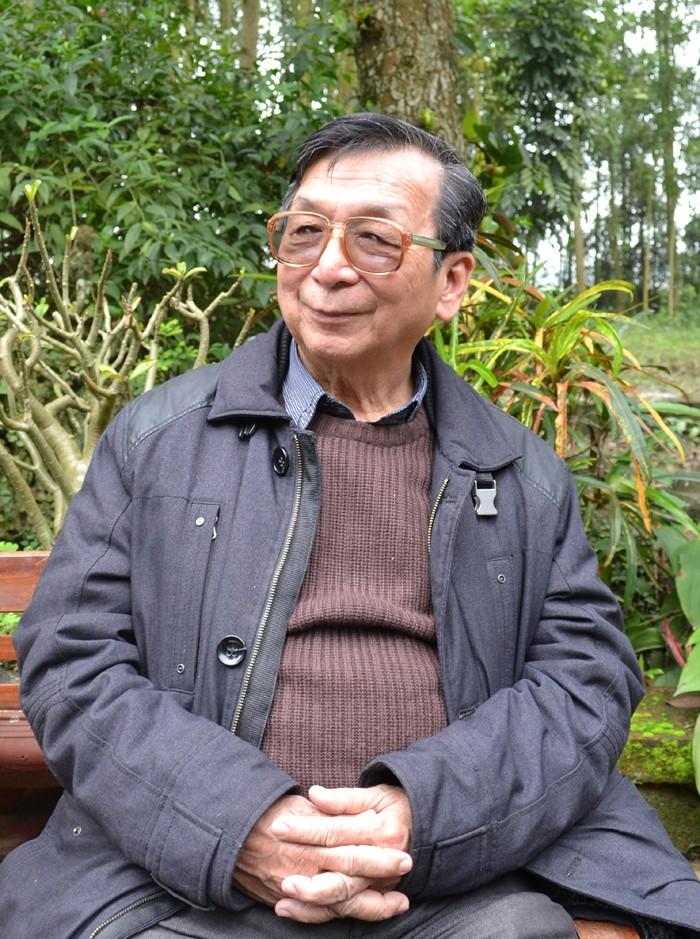 Giáo sư, nhà nghiên cứu văn hóa Trần Lâm Biền: Văn hóa Việt không nên lấy cái to, khoe mẽ làm trọng - Ảnh 1.